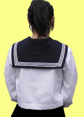 セーラー服のラインとかスカートのすそのラインとかの模様入れ