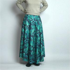半円スカート(サーキュラースカート)