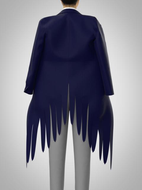 すそが羽のようになったコートの作り方